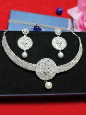 pearl_drop_royal_ad_necklace_set_16793_2