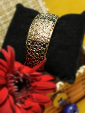 black_ethnic_metal_bangle_16654_3